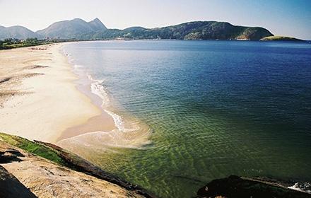 praia-de-camboinhas